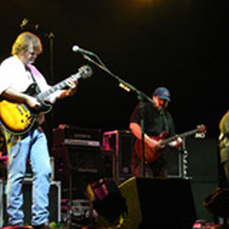 04/21/06 Alltel Pavilion at Walnut Creek, Raleigh, NC