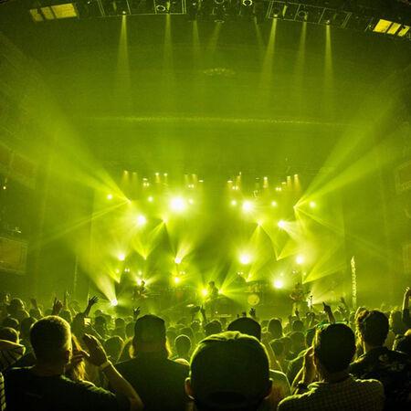 11/05/16 Vic Theater, Chicago, IL