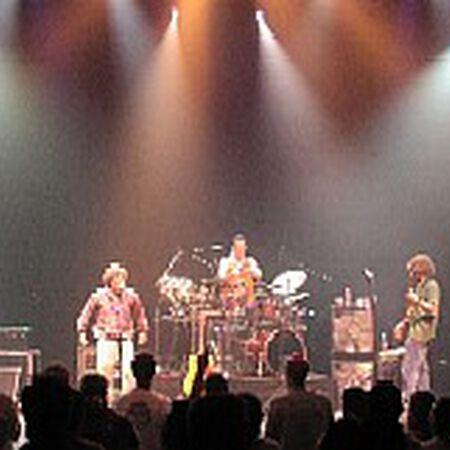 04/28/02 Saenger Theatre, New Orleans, LA