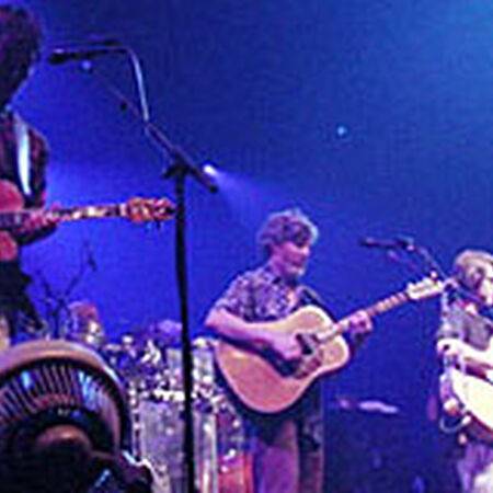 04/13/02 UIC Pavillion, Chicago, IL