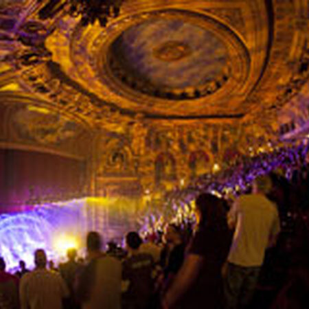 10/29/11 Chicago Theatre, Chicago, IL