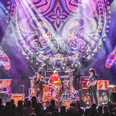 04/29/18 Paramount Theatre, Asbury Park, NJ