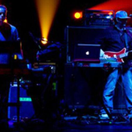 04/19/09 Klein Memorial Auditorium, Bridgeport, CT
