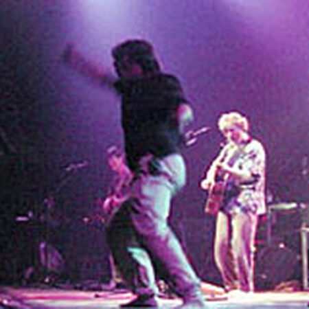 04/13/02 UIC Pavillion, Chicago, IL